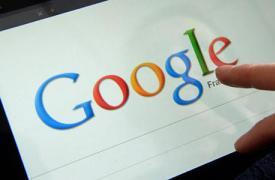 谷歌刚刚获得专利将全息图添加到谷歌玻璃类型的耳机