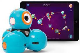 认识短跑和圆点教孩子如何编码的机器人玩具