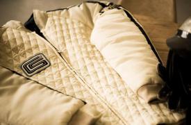 卡洛尔谢尔比的60年代时代赛车服装再创佳绩