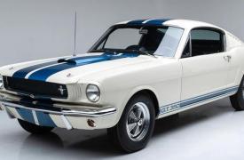 这款1965年的经典谢尔比野马GT350是经典汽车收藏家的梦想