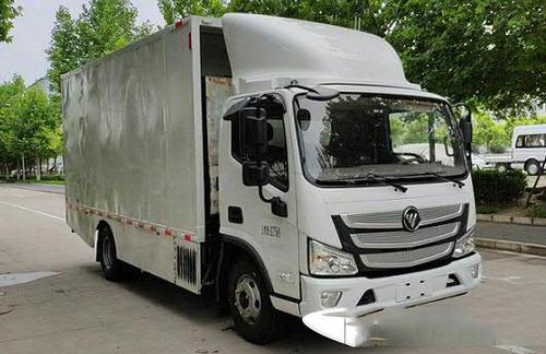 标准B类驾驶执照的驾驶者驾驶重达4.5吨的替代燃料货车