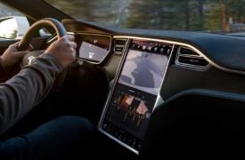 特斯拉ModelS成为EPA在400英里以上行驶的首款电动汽车