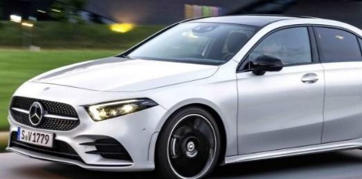 奔驰紧凑型四门轿车起价为33390欧元