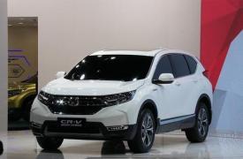 汽车动态看点本田推出了CRV的更新版本修改后的SUV售价30,180英镑起